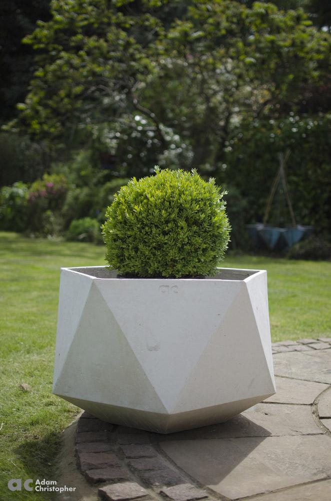 AC flower pots Femkant (12) 1000 logo