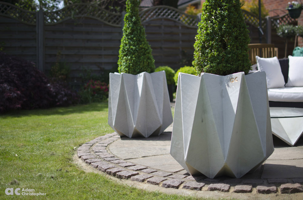 10 contemporary concrete planters award winning contemporary rh adamchristopherdesign co uk Orange Contemporary Outdoor Planters Round Contemporary Outdoor Planters