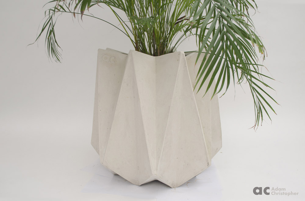 AC kronen tall white concrete 6