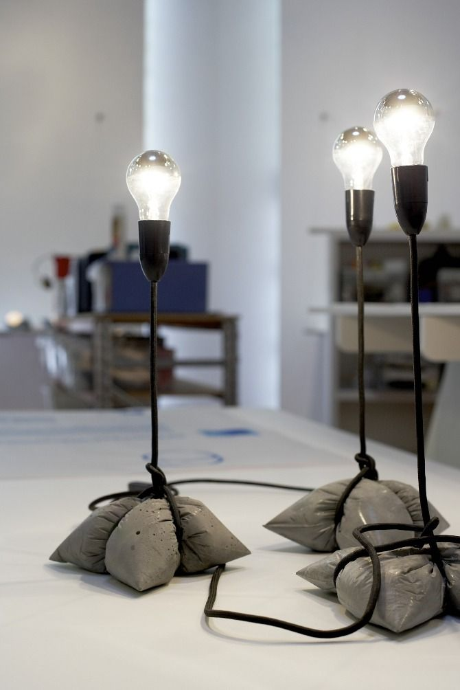 anti gravity concrete lamp