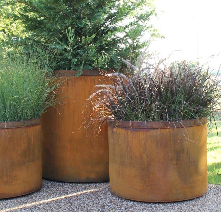 round corten steel planter