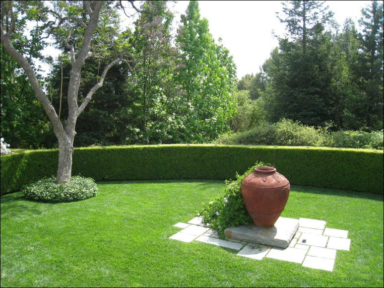 terracota urn feature