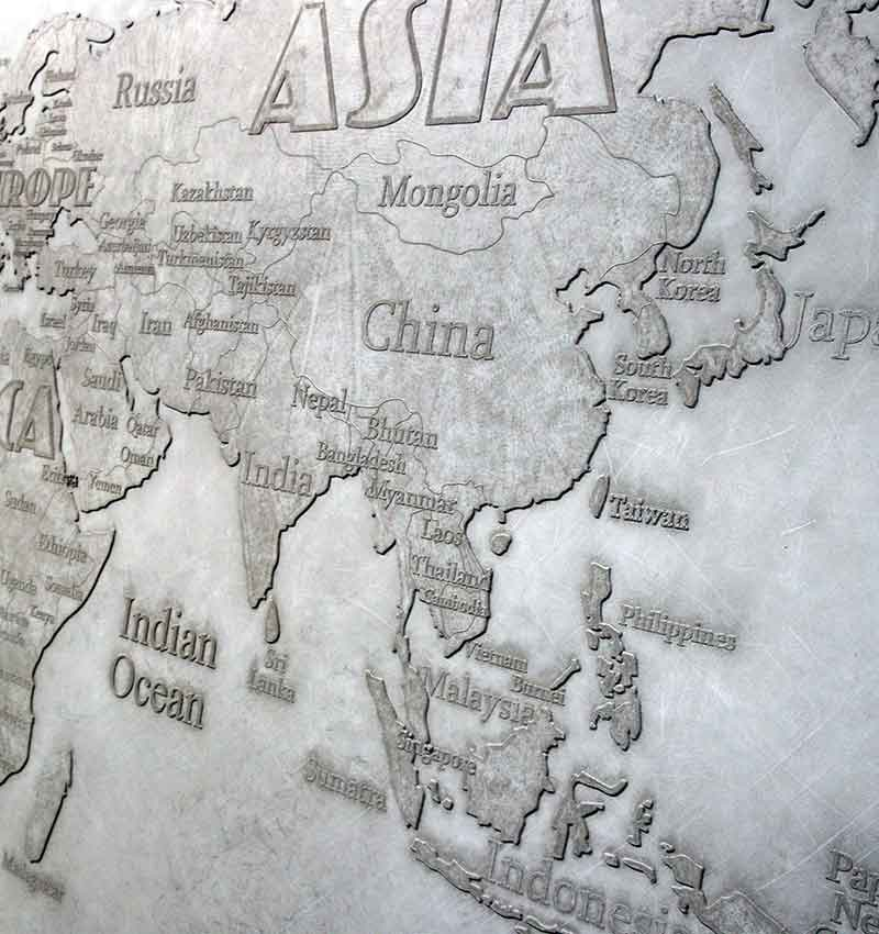 Worldmap wall art in by living concrete