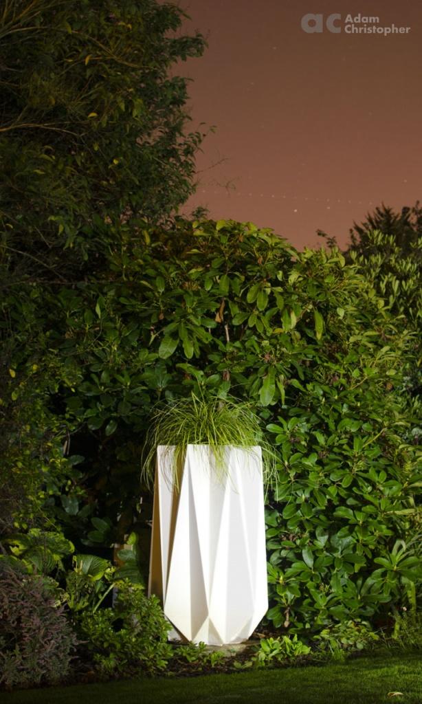 kronen-90-commercial-concrete-planter-uplit-logo