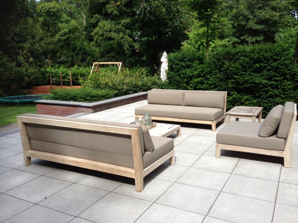 10 stunning outdoor furniture options award winning for Gunstige loungemobel outdoor