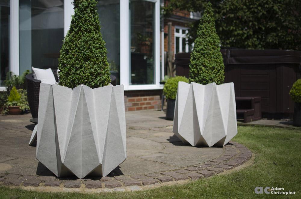 AC flower pots kronen tall 1000 logo