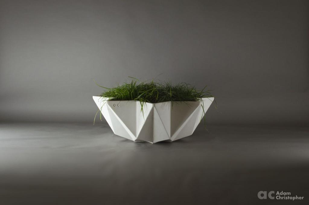 Kronen Bowl Planter 1m White Concrete Award Winning